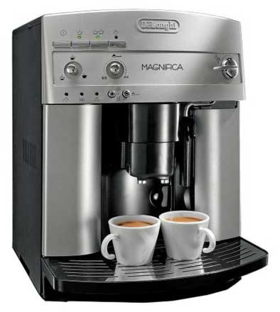 An Image of the Delonghi Esam3300 Magnifica, Our Delonghi Esam3300 Magnifica Super Automatic Espresso Coffee Machine Review