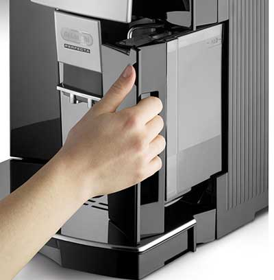 An image of DeLonghi Perfecta's 57-ounce water tank