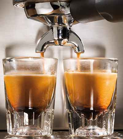 An image of Gaggia Classic with 2 cups of espresso