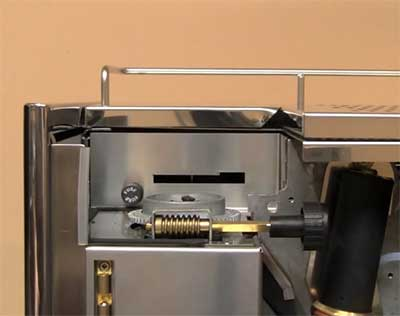 An image of of Quickmill Monza's stepless grinder
