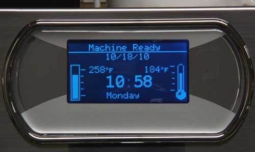 An image of the LED display of Quick Mill Monza Deluxe's control system