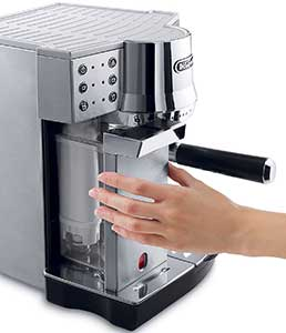 An Image of Delonghi EC860 Water Reserviour of the Best Super Automatic Espresso Machine Under 500 Dollars