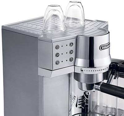 Delonghi EC860 offers both an auto-frother and a conventional steam wand