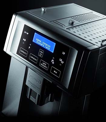 An image showing the Delonghi Gran Dama 6700's control system