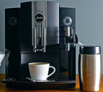 An image on the coffee spouts of the Impressa C9  with a maximum cup size of 4.25 inches